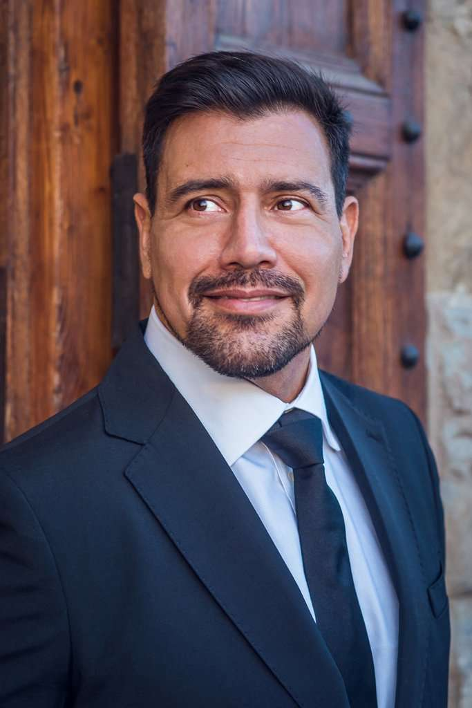 Dario Solari, baritone – AartMusic